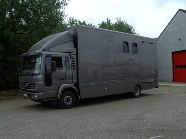 Rigo's Horse Trucks - paardenvrachtwagens, transport paarden, Mercedes Onderdelen
